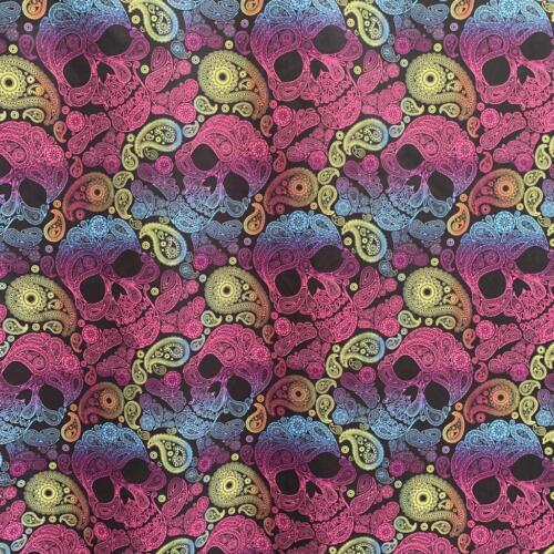 Purple Skulls Polyester / Calaveras Morado Polyester